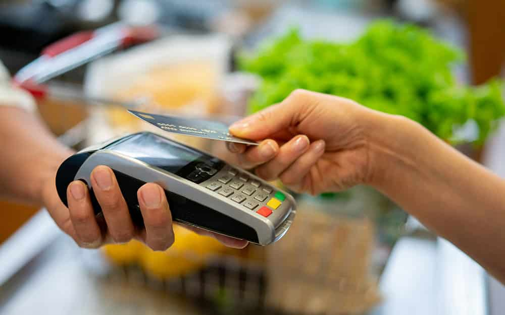 How going cashless can benefit your business